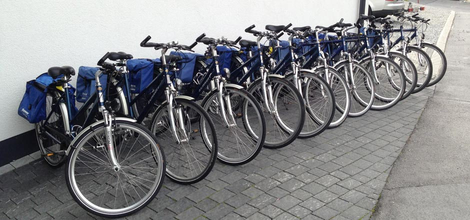 Bicycle rental – Bike service